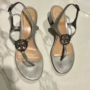 Tory Burch Sandals with Crystal embellished logo